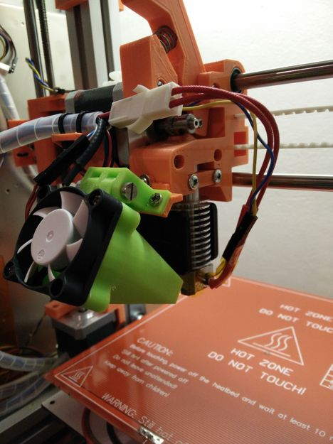 ofuk trysky 3D tiskárny