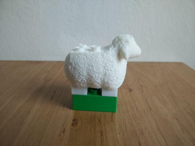 hotová Lego Duplo ovečka