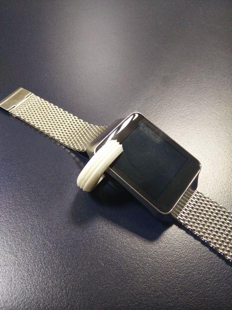 Zakázková spona na ulomenou nabíječku Samsung Gear